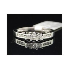 Ladies 14K White Gold Princess Cut 3 Stone Diamond Engagement Ring Bridal Set