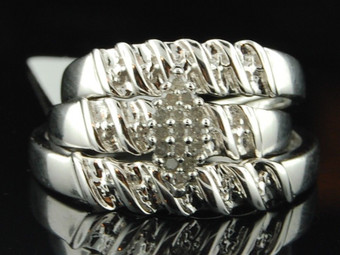 10k White Gold Round Cut Diamond Engagement Ring Wedding Band Trio Set 1/10 Ct.