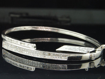 14K LADIES WOMENS WHITE GOLD PRINCESS CUT & BAGUETTE DIAMOND BANGLE BRACELET 7""
