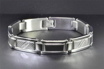 Mens Stainless Steel Genuine Diamond Bracelet Textured & Polished .10 ct.