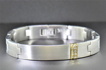 Stainless Steel Mens Diamond Round Cut Channel Set Link Bracelet 11mm, 0.25 Ct.