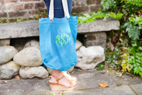 Turquoise/ Lime Tote Bag With Monogram Script in Erin Green