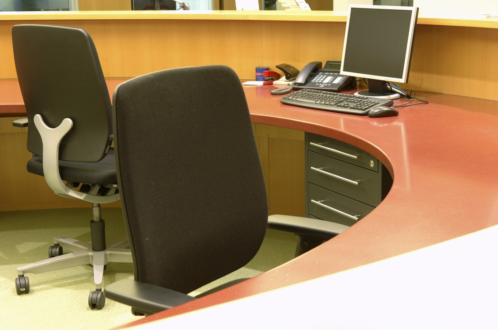 Tips On Buying The Right Furniture For Your Office Office Chairs On Sale