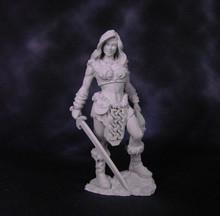 75002 - Tara the Swordmistress 75