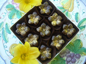 Salted Caramel Tiger Lilies, 9-piece box, without nuts