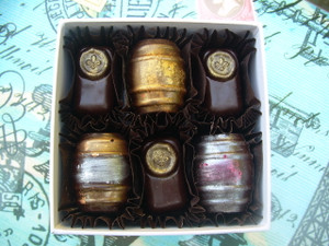 Barrels & Bee Kisses, 6-piece box
