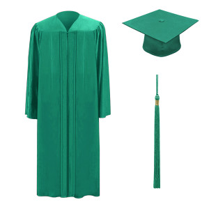 Emerald M2000™ Cap, Gown & Tassel