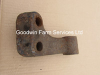 Stabiliser Bracket LH (Leyland) USED - UP116LB