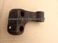 Stabiliser Bracket RH (Leyland) USED - UP117LB
