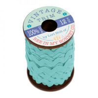 Riley Blake Designs - Lori Holt of Bee in my Bonnet - Large Vintage Trim - Cottage - 3/8 inch (8mm) x 12 Yards