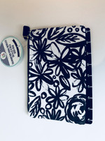 SECOND/DAMAGED - Me and My Big Ideas - The Happy Planner™ - Snap In Pen Case - Black Flowers