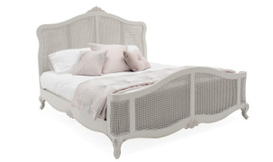 Camille 5' Bed