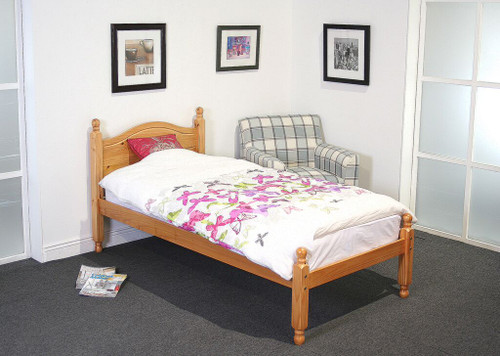 Lucy 4ft Small Double Pine Bed