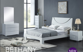 Bethany 5' Bed-White Gloss