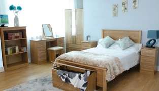 Mya Oak 4ft6 Bed Stylish oak with timeless beauty, this bed is very durable and will stand in years to come