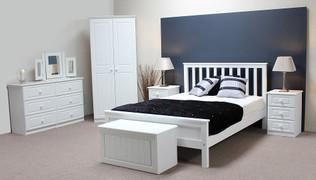 Grennan 4'6 Bed
