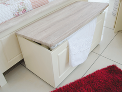 Milano Blanket Box
