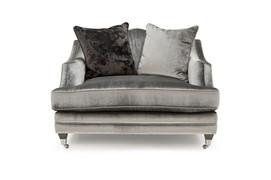 Belvedere Snuggle Seater