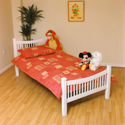 Jordan 4ft6 Double white Colour Bed      Wooden ends with a metal base bed