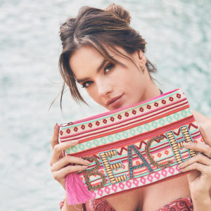 Ále By Alessandra Beach & Beyond Beaded Clutch