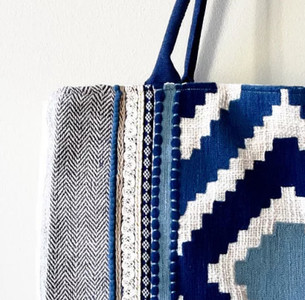 The Beachcomber Super Tote Blue Aztec