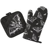 Bat Attack Spooky Gothic Hand Oven Mitt Set Kitchen Pot Holders