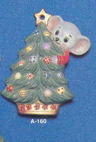 A-160 Mouse on Christmas Tree