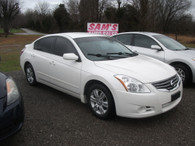 2012 Nissan Altima   ( Loaded Family Car )