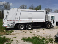 2010 Mack LEU Trash Truck Sharp Loaded 25 Yard Truck! Ready For Work!!