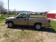 1997 Chevy S-10 LS Regular Cab Truck - Gas Saver!