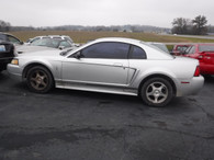 2003 Ford Mustang Great Sporty Car W/ Power !!!