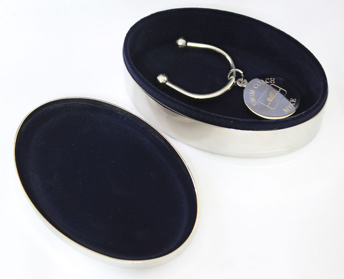 oval-jewelry-box-inside-1.jpg