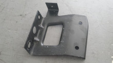 1997-2004; C5; Rear Quarter Panel Attachment Bracket; RH Passenger