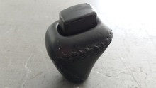 1997-2004; C5; Shift Knob; Leather; Automatic