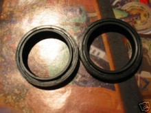 GS550, GS650, GS700, GS750, XN85, INTRUDER  FORK SEALS