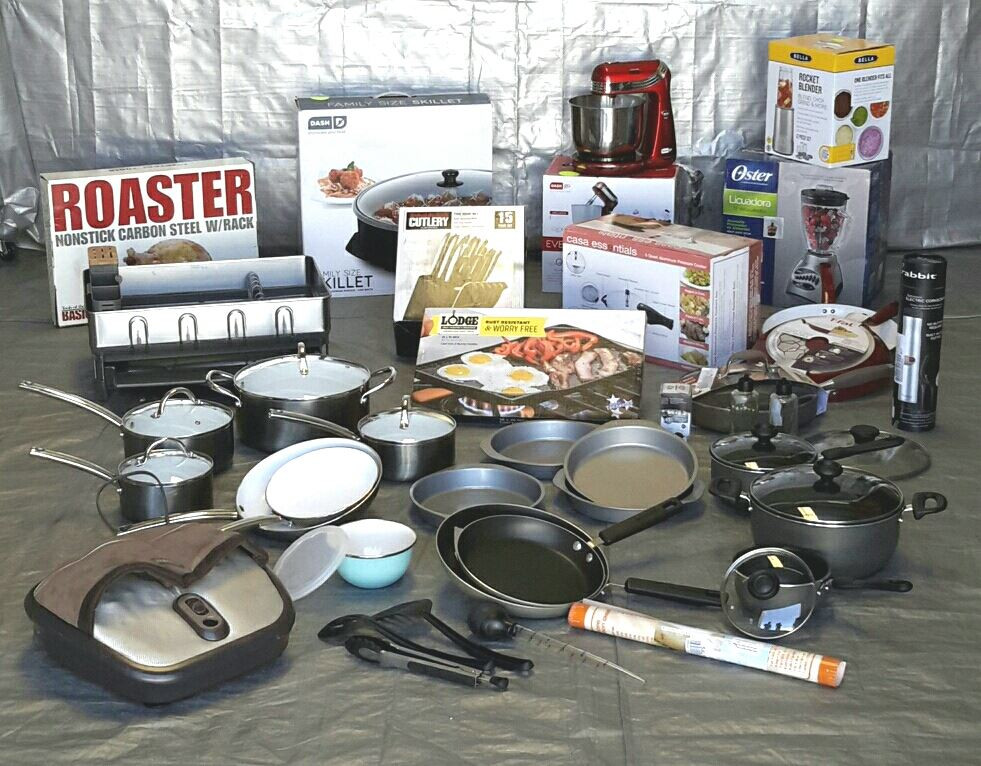 Wholesale Lot Of 22 High End Small Kitchen Appliances