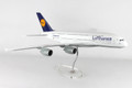 SKR8508 Lufthansa 380 1:100 W:Stand & Gear Model Airplane