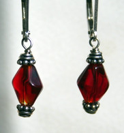 Red Rhomboid earrings