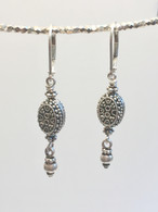 Balinese oval silver earrings with drops