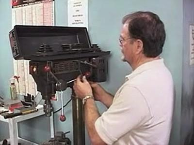 Tecnología Básica De Máquinas: Operaciones En Prensa Taladradora