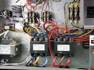 Control De Motores: Controles De Motores Y Relés Básicos