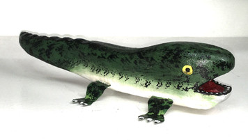 BABY ALLIGATOR WOOD CARVING by Jim Lewis