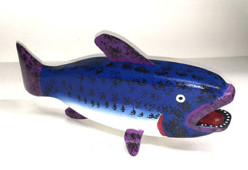 BEAUTIFUL BLUE FISH CARVING by Jim Lewis
