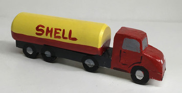 SHELL GAS TANKER SEMI by Eddie Armstrong