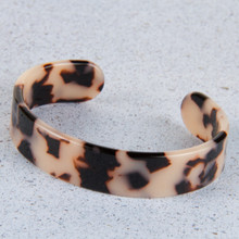 B1195-GY Flexible Resin Bracelet