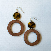 E2087-BR Tortoise and Wood Drop Hoop Earring