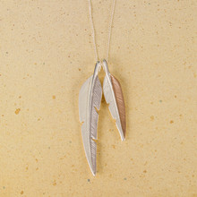 "N3265 30"" Two Tone Metal Feathers Necklace"