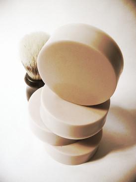 Whiskers Shaving Soap - Dry Sandalwood, Vanilla, Fresh Air...