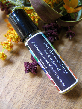 What the Moon Brings Hair & Perfume Oil - Ghost Pumpkin, Coconut, White Lilac, Wormwood... Weenie Limited Edition