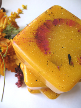 Demeter, Forsaken Luxury Glycerin Soap - Hay, Chrysanthemum, Sunflower, Brimstone... Weenie Limited Edition